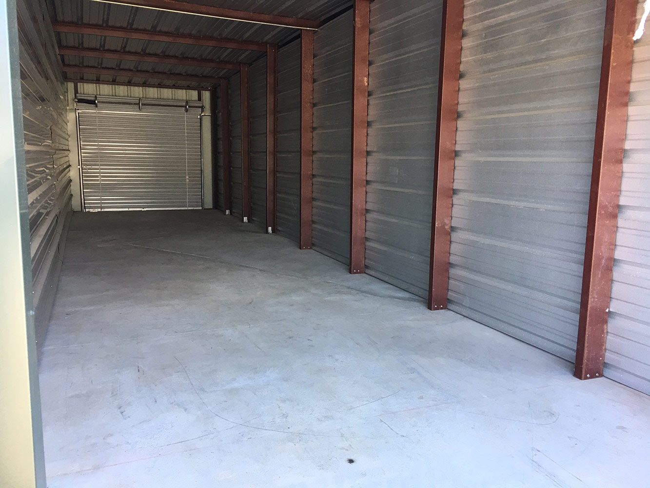 Self Storage Unit Closeups At Store In A Wink Of Park City Kansas Photo Gallery